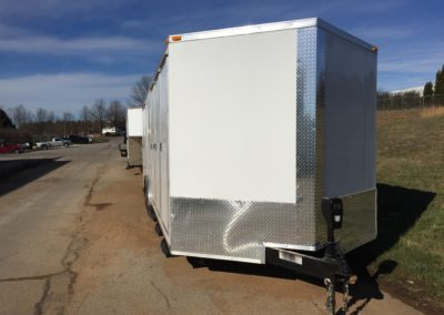 24-4-SHOWER-TRAILER-FRONT-VIEW